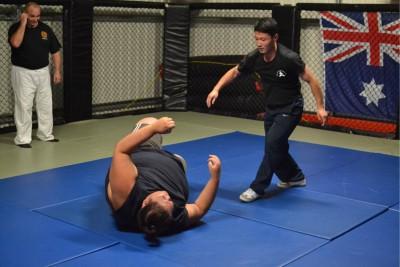 陈旭佩斯160322-柔术1。实用拳法是以小破大的拳术。