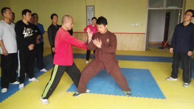 李晓辉教练在安丘第三期实用拳法讲座上