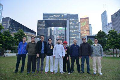 陈中华老师和2016年12月香港讲座等部分私课学生在添马公园